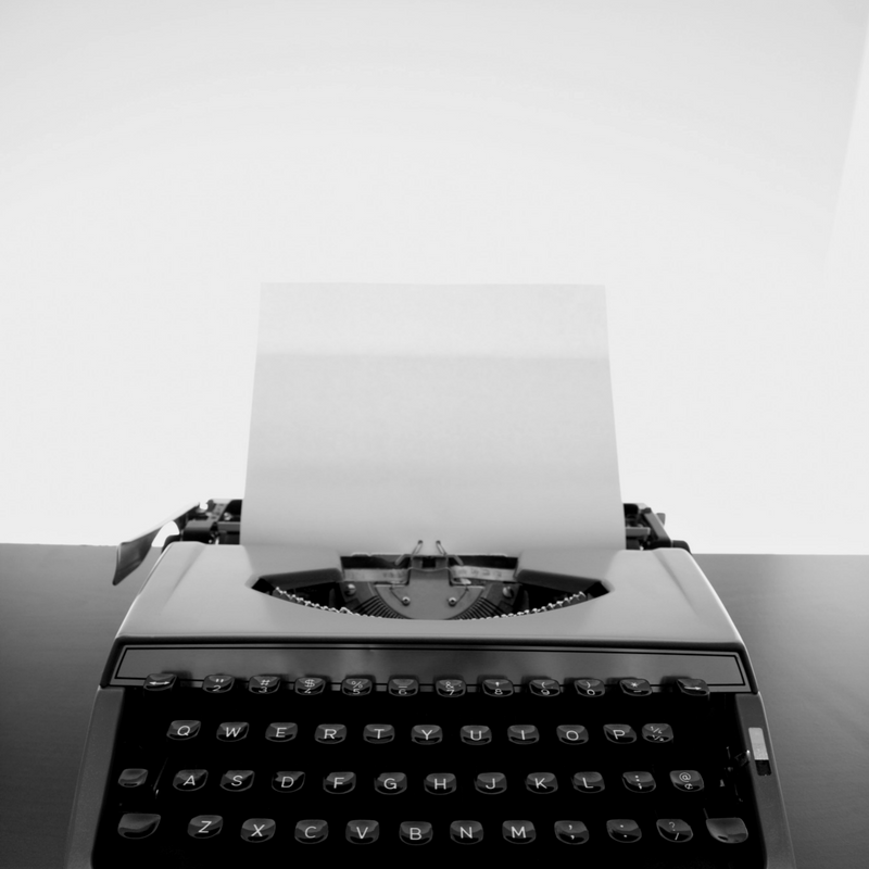 book-writing-page-typewriter-image